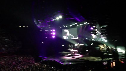 Alicia Keys - Doesn't mean anything. Paris Bercy 25th July 2013