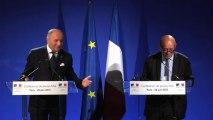Conférence de presse conjointe sur le Mali de Laurent Fabius, ministre des Affaires étrangères et Jean-Yves Le Drian, ministre de la Défense