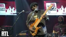 Richard Bona - Mmemba Mama en live dans RTL Jazz Festival présenté par Jean-Yves Chaperon