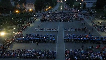 Procession aux flambeaux - Lourdes