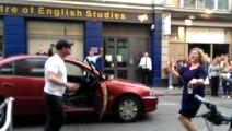 Le Chauffeur de taxi le plus Fun du monde!!! Il danse sur Get Lucky des Daft Punk