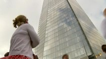 Greenpeace activists scale London's Shard to protest Arctic drilling