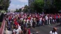 Des milliers de manifestants dans la rue à Athènes