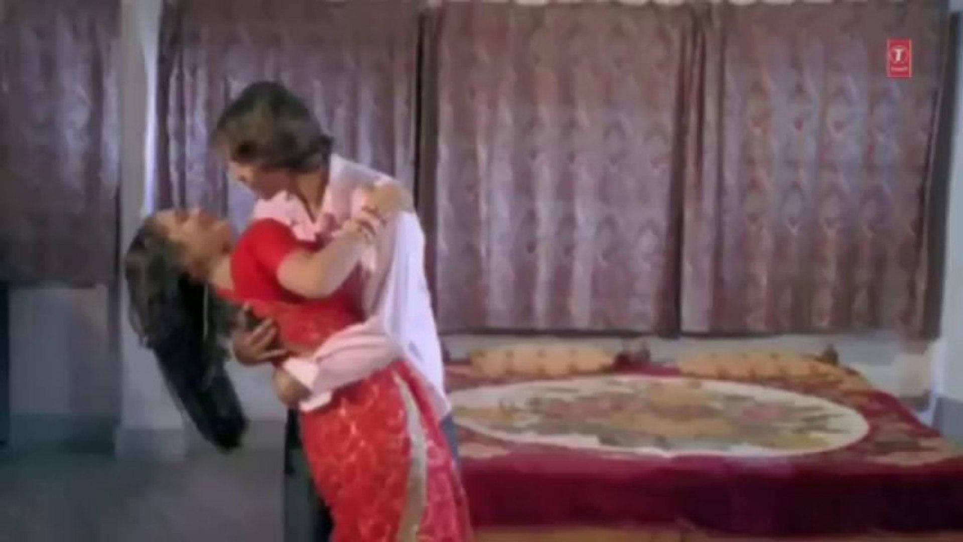 Lali Palang Majedaar Takiya (Super Sexy Bhojpuri Video) Hot and sexy night dance