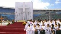 Brésil: messe gigantesque à Copacabana