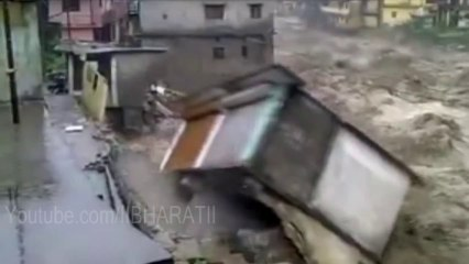Uttarakhand Flood - Building Demolished Live in Ghansali Uttarakhand Flood 2013