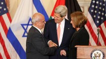 Palestinians wary over new deal on talks