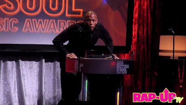 Dr. Dre Presents Kendrick Lamar with ASCAP Vanguard Award