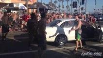 Grosse baston à Los Angeles.. Le gars sèche trois mecs en 20 secondes !!!