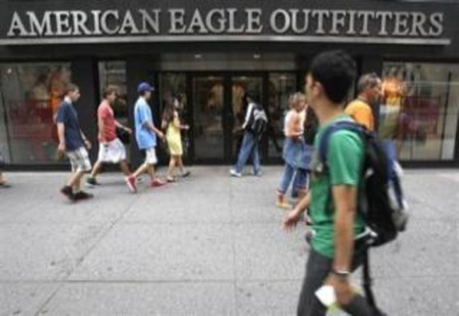 Earnings Trouble: American Eagle Outfitters (AEO), Abercrombie & Fitch (ANF), Aeropostale Inc (A