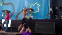 Security Guard tackles guy on stage during Vampire Weekend show in Lollapalooza festival 2013