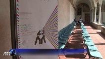 """La sculpture du """"coup de tête"""" de Zidane exposée à Pietrasanta"""