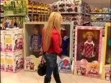 Des poupées vivantes au supermarché (Caméra Cachée)