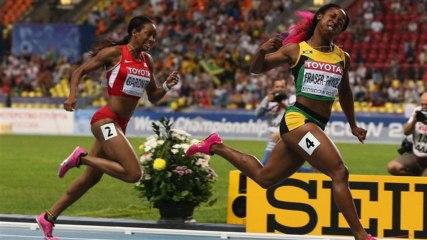 Mondiaux d'athlétisme : la Jamaïcaine Fraser-Pryce survole le 100 m féminin - Vidéo Dailymotion