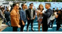 Streaming Jonas Brothers red carpet interview Teen Choice Awards 2013