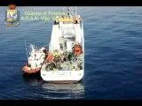 Vibo Valentia - Salvati 100 migranti a bordo di un barcone (08.08.13)