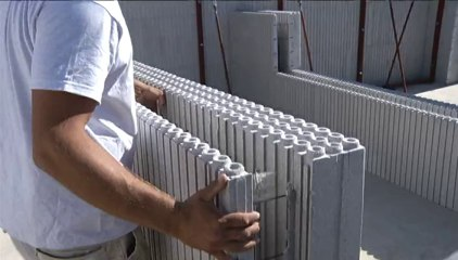 Vous avez dit Durable ? - Les maisons en polystyrène - S02E01.