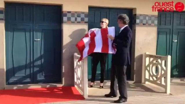 Cate Blanchett inaugure sa cabine de plage - Cate Blanchett