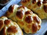 Zomick's Challah Recipe – Small Challahs with olive oil