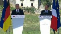 """Hollande : """"Oradour est un cri que j'entendrai toujours quand il y aura d'autres massacres"""""""