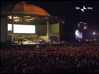 """""""Ave Maria""""  U2 - Pavarotti"""