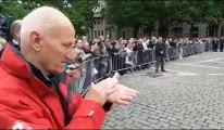 Lille : Marseillaise et départ du cercueil de P. Mauroy