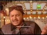 Shahbaz Qamar Fareedi - Aaqa Meriyan Akhiyan Madine Wich Reh Giyan - 2012 - YouTube
