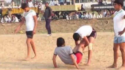 Catcher Catch 01 - FreeStyle Girls Kabaddi Tournament 2013 Match 12