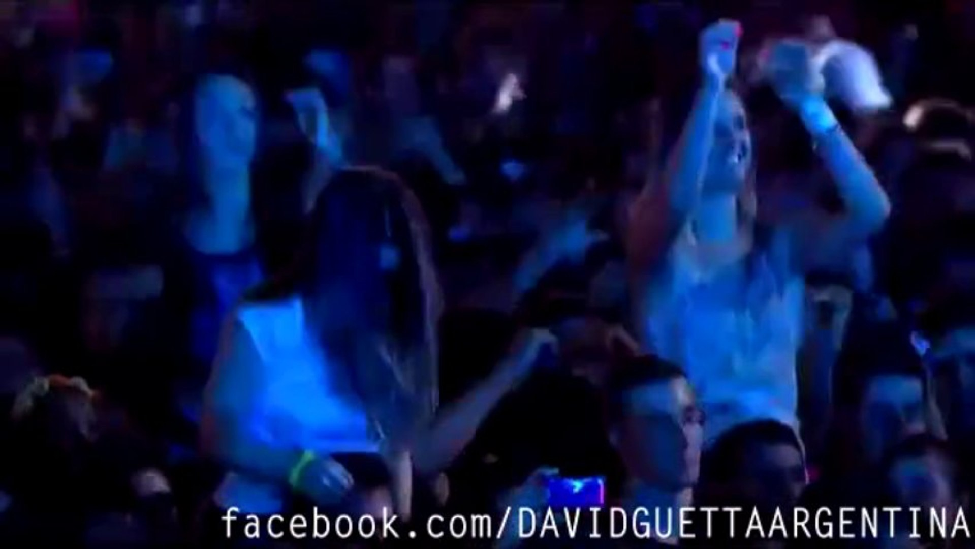 16 David Guetta Live Rock In Rio 2013 Metropolis Vs  Bruno Mars - Locked Out Of Heaven