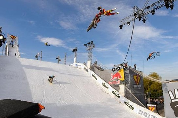 Best Of The Week #26 : Crossover, Snowboard, BMX, Skate, Roller, MTB, Surf, FMX, Wakeboard, Sailing