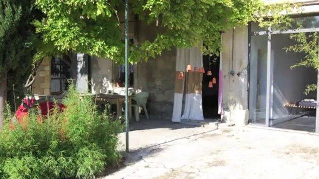 VENTE Mas en Provence - proche St Remy et Avignon - dépendances - 400 m² sur terrain de 5 000 m²