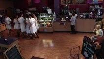 Caméra cachée dans un Fast Food... Flipper le dauphin, Spartacus...Apparitions!