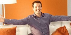 """See This Now: Sean Hayes Returns to TV in """" Sean Saves The World"""""""