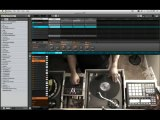 Scratching and mixing on the turntables using Native Instruments Maschine For The Beat