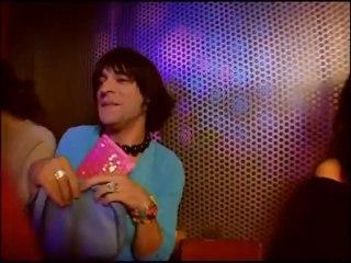 Samantha Oups ! Samantha en discothèque (partie 1)