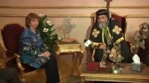Catherine Ashton rencontre le Pape Tawadros II durant sa visite au Caire