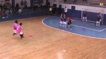 Futsal : une incroyable combinaison sur coup-franc !