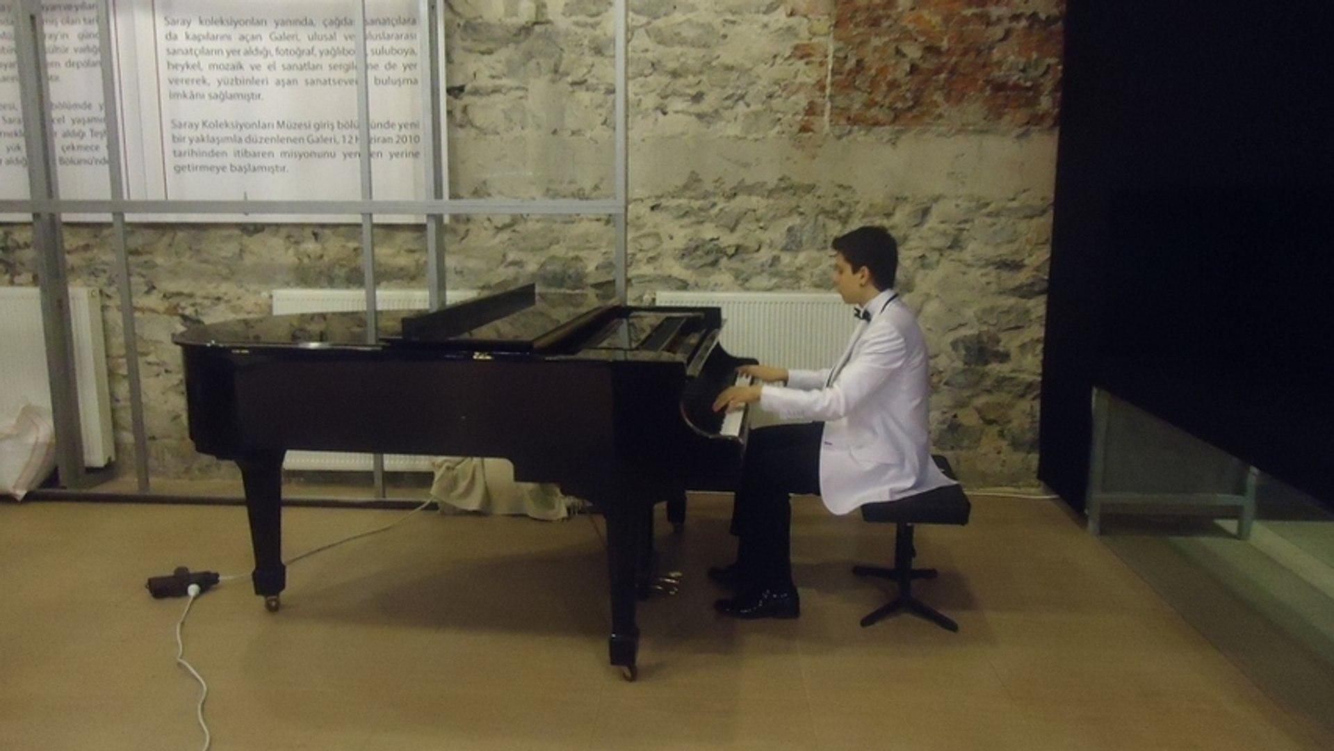 Itri Segah Tekbir ve Selatü Ümmiye Beraber Akustık Orijinal Piyano Yunus Emre En güzel Senfonik ilah