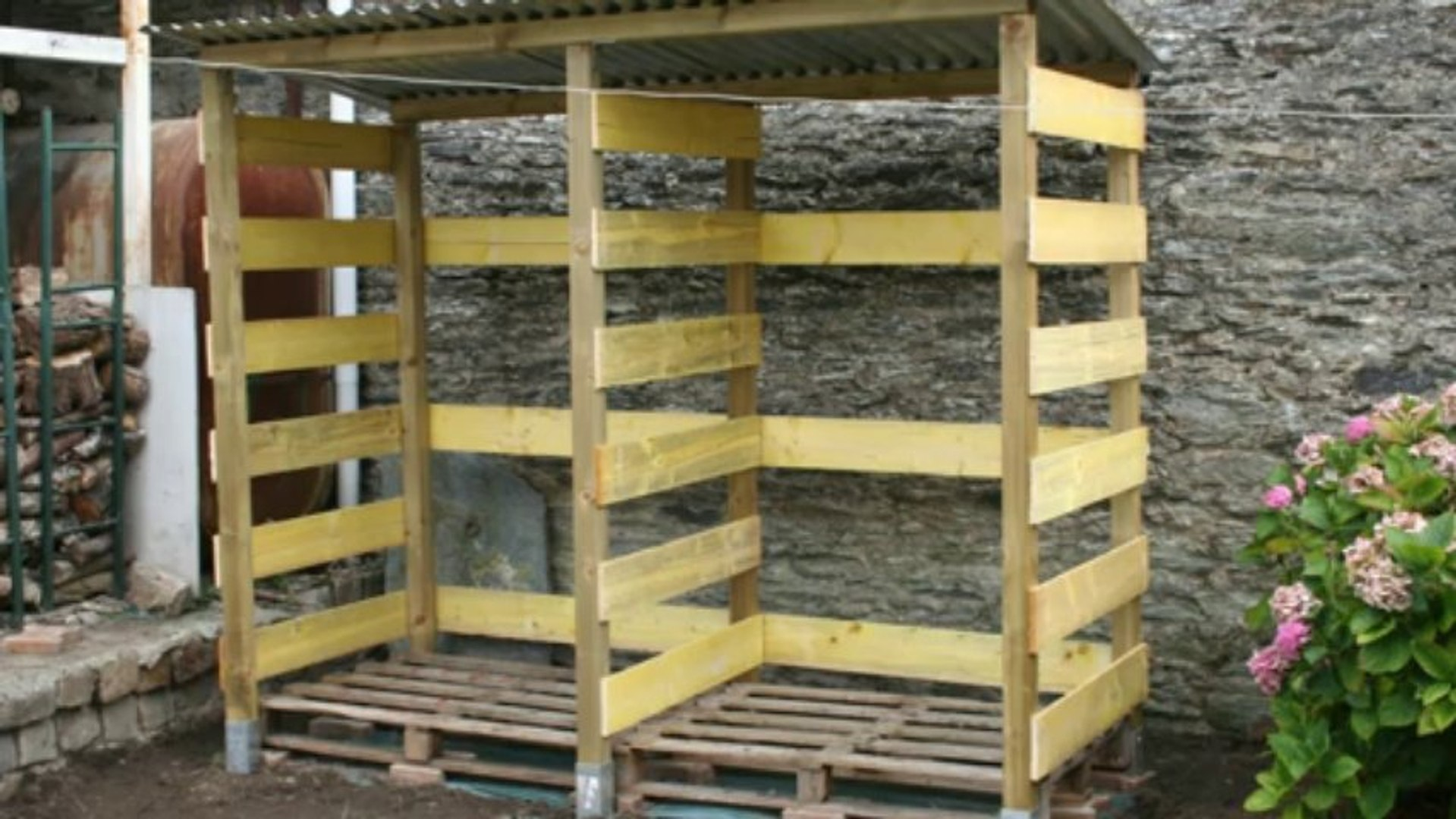 Abri De Jardin Avec Palettes 2013-09 construction d'un abri à bois de chauffage