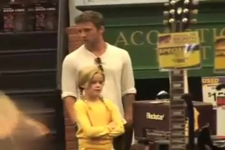 Ryan And Ava At Guitar Center In Hollywood (2010)