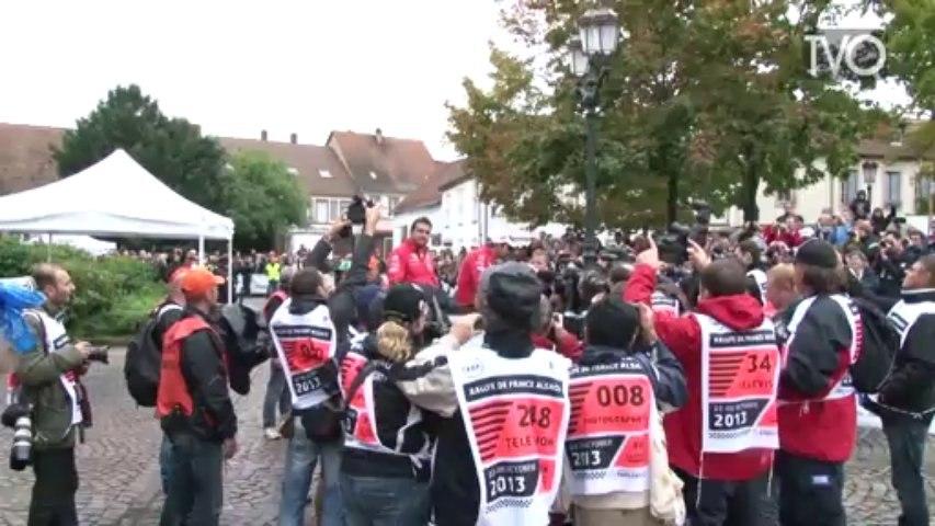 Rallye WRC : Tour d'honneur de Sébastien Loeb à Haguenau