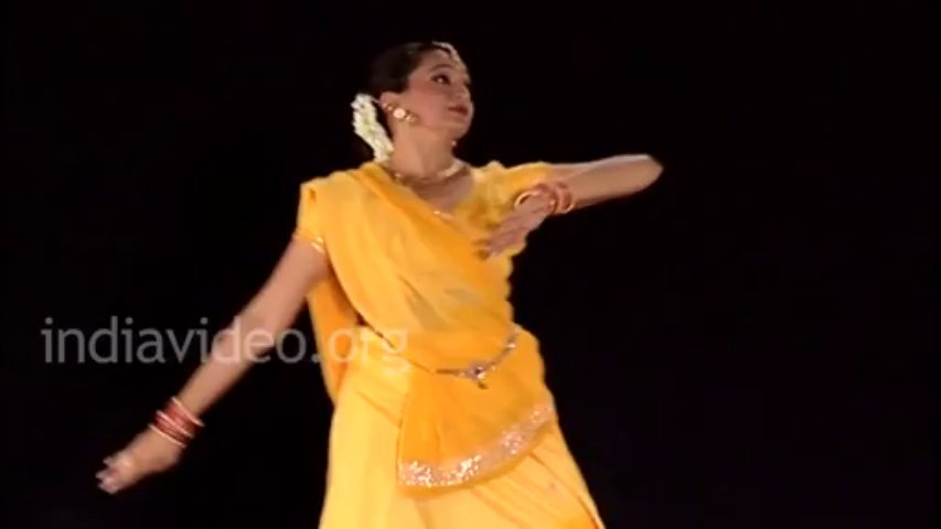 Learn Kathak Online — Paran and Aamad Kathak performance Pali Chandra Lesson — 4