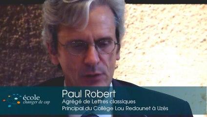 Le pays où chaque enseignant est un expert - Paul Robert