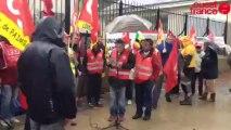 Rassemblement devant la sous préfecture - Contre la réforme des retraites