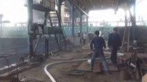 Oil tanker explodes in China
