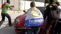 Fans of Cristiano Ronaldo invaded his car