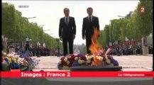 Cérémonie du 8-mai. Sarkozy et Hollande côte à côte