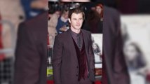 Chris Hemsworth and Natalie Portman Ooze Glamour at Thor Premiere