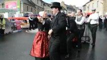 Guingamp. Le bagad et le cercle celtique réunis pour la foire Saint-Michel