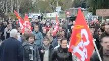 Rosporden (29). 600 manifestants disent non à la fermeture de Boutet-Nicolas